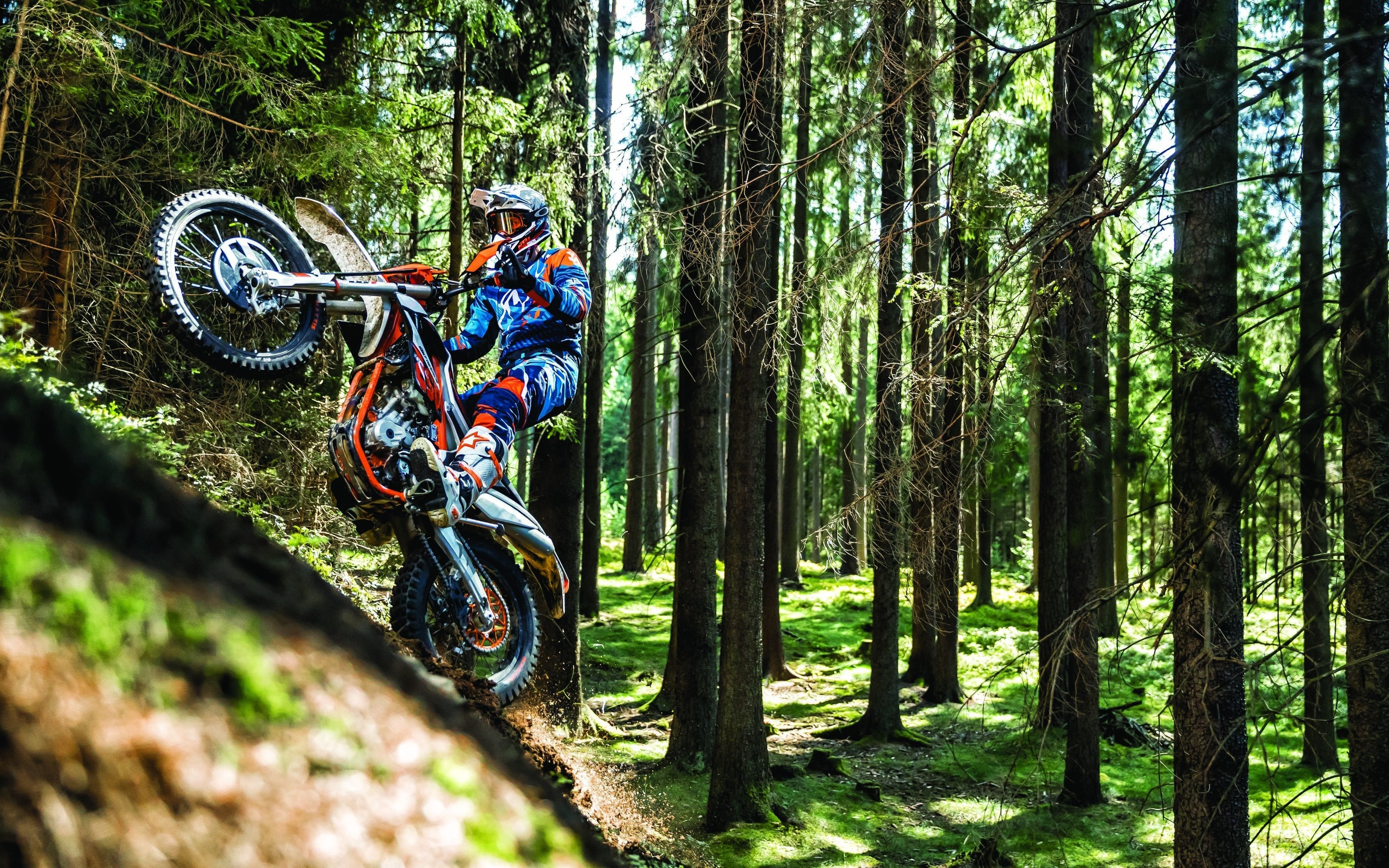 People 3200x2000 forest trees vehicle motocross racing enduro fullface Wheelie Oakley motorcycle