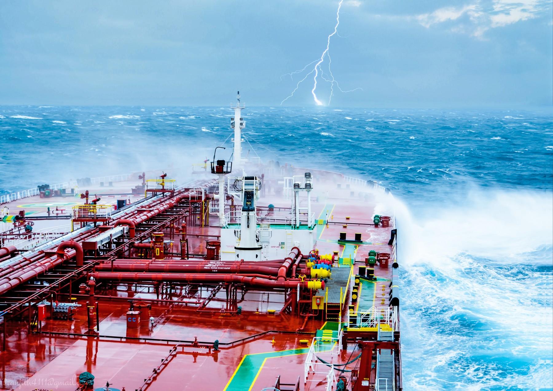 General 1800x1273 ship merchant ship oil tanker storm lightning waves sea vehicle