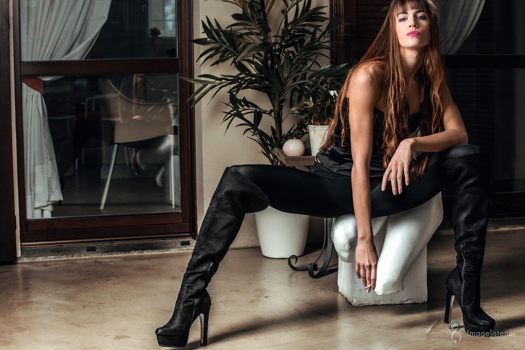 People 2048x1366 Alice Brivio Paolo Carlo Lunni women model brunette boots smoke long hair