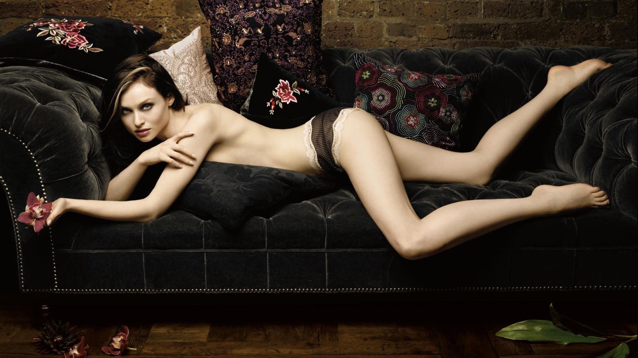 People 2100x1181 Sophie Ellis-Bextor lying on front couch topless singer British women tiptoe legs ass