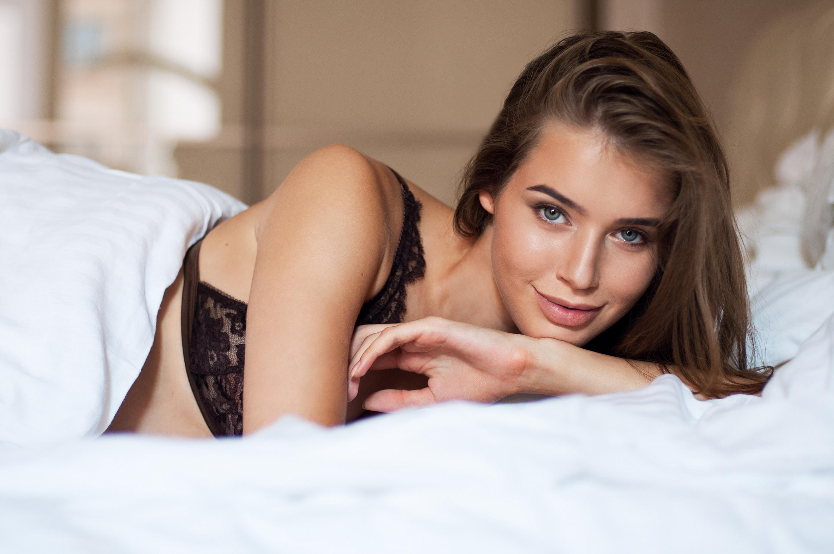 People 2800x1860 Natella women women indoors bed boudoir brunette looking at viewer bare shoulders Anna Boston