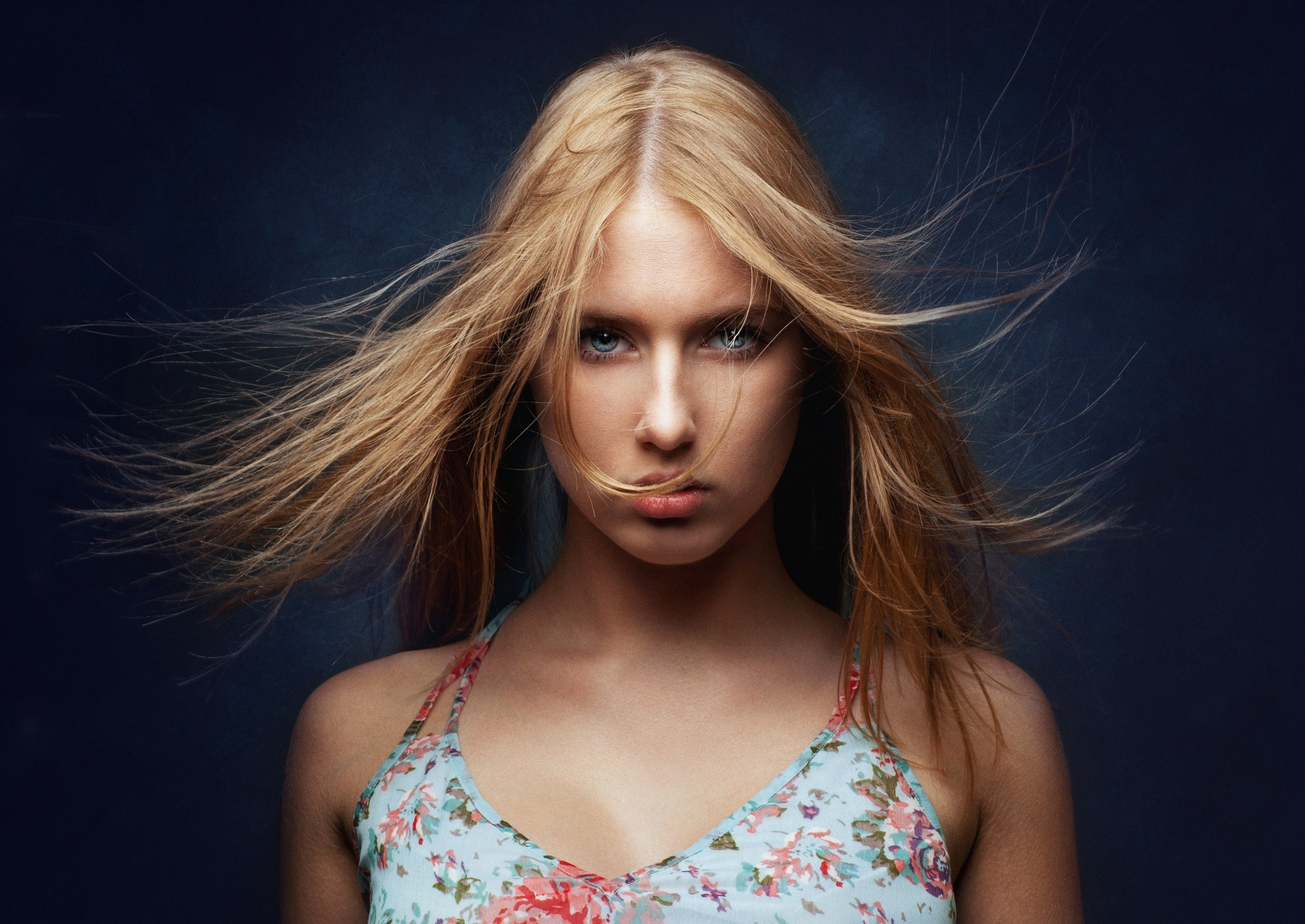 People 2048x1450 women blonde face portrait simple background Zachar Rise blue eyes