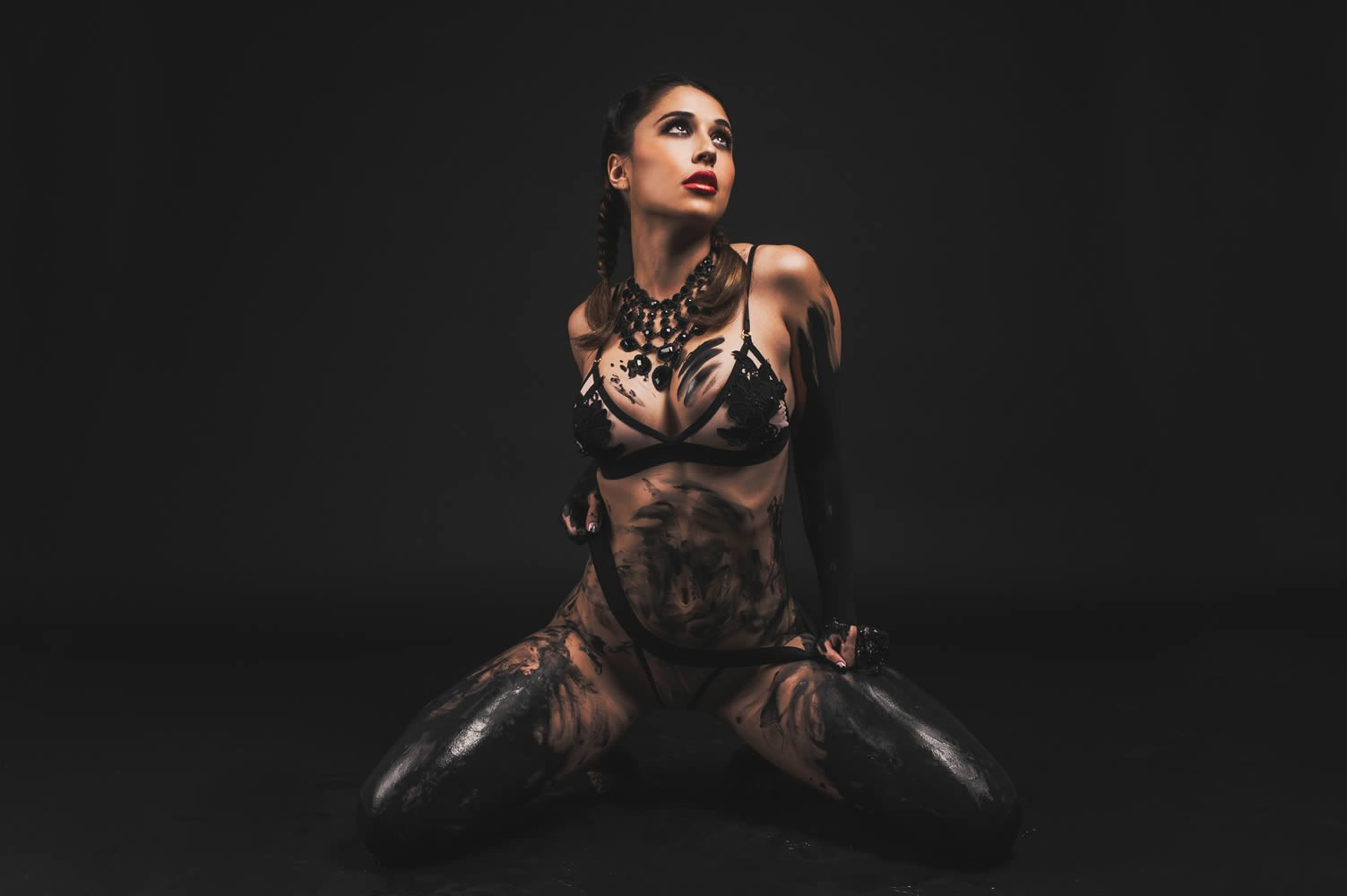 People 1503x1000 mud lingerie Tianna Gregory body paint Body Art