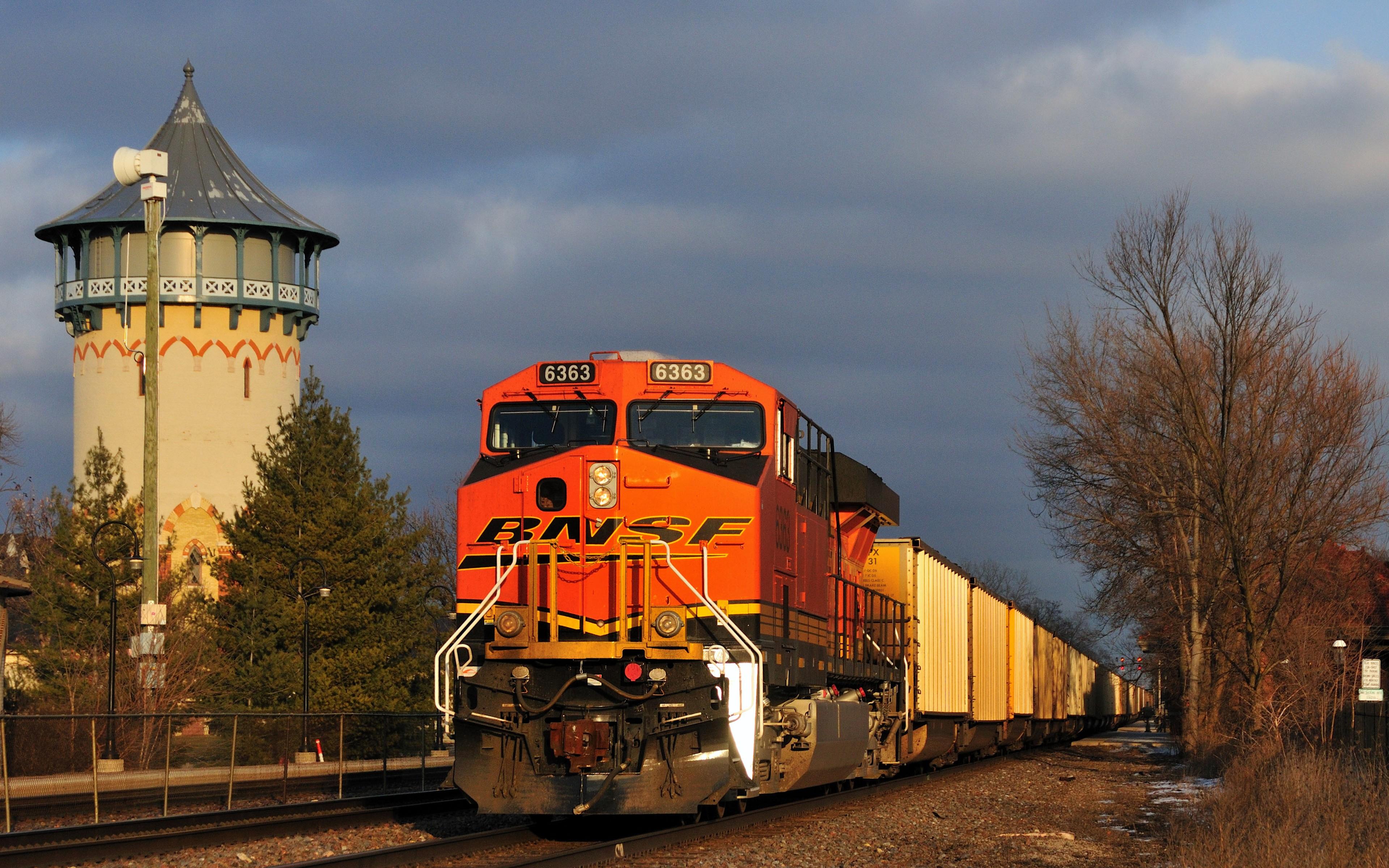 General 3840x2400 diesel locomotive freight train train numbers vehicle locomotive