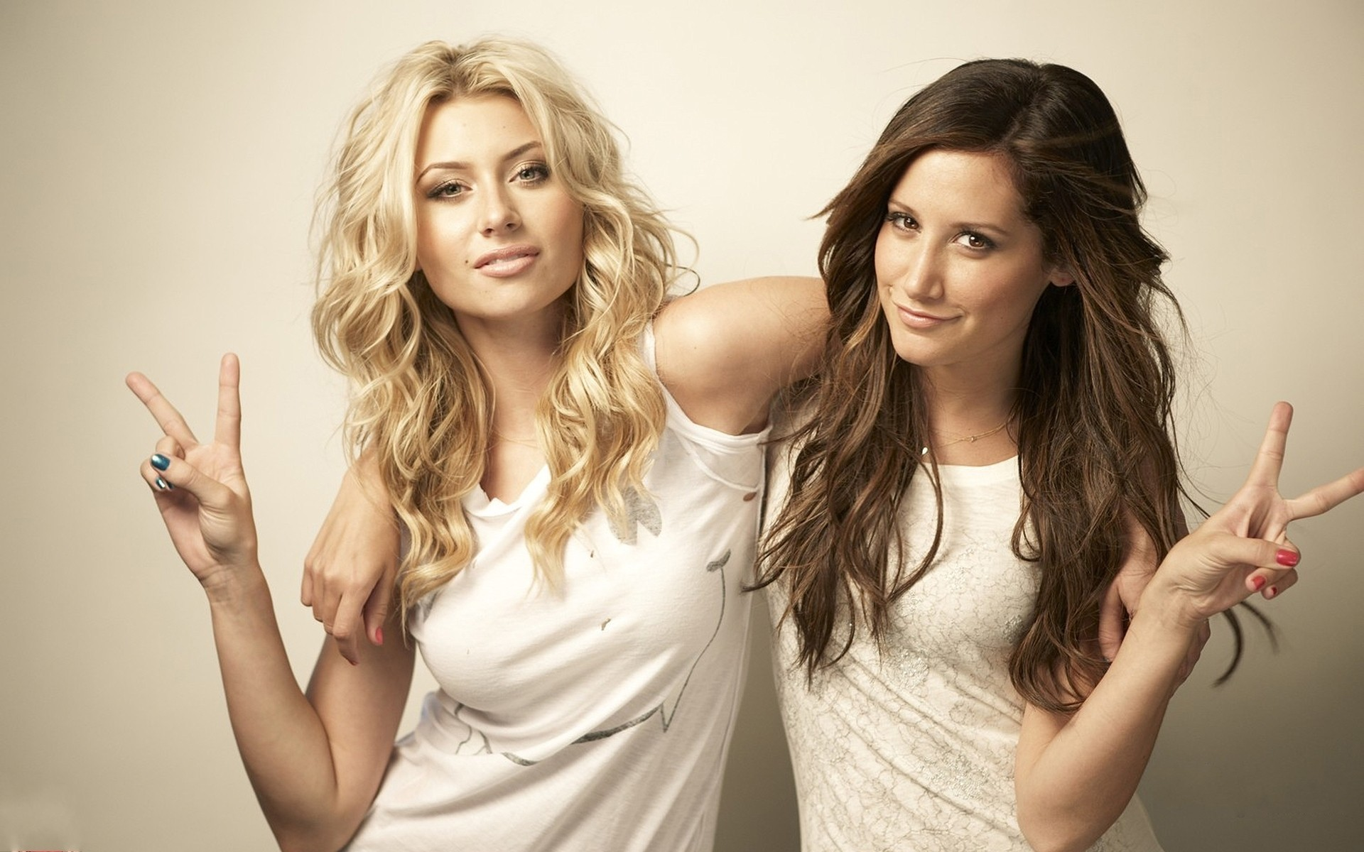 People 1920x1200 Alyson Michalka Ashley Tisdale two women white clothing celebrity long hair looking at viewer hand gesture simple background white background peace sign