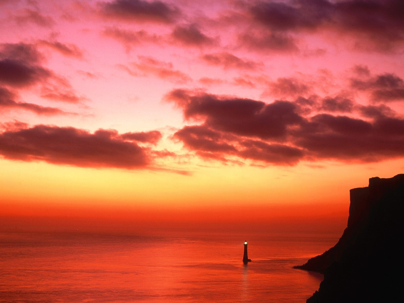 General 1600x1200 sunset cliff lighthouse sea coast skyscape