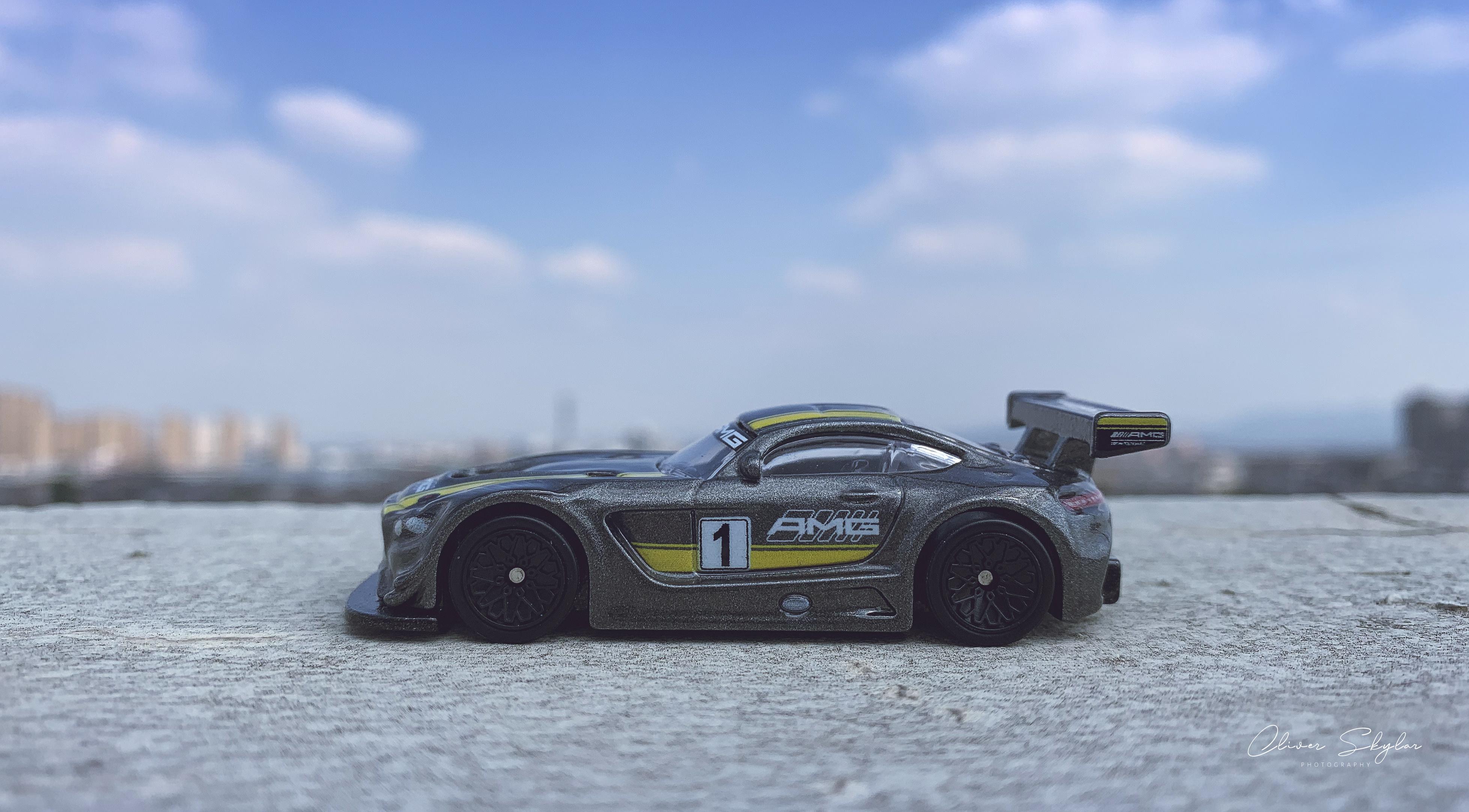 General 3914x2165 hotwheels Mercedes-AMG GT car toys