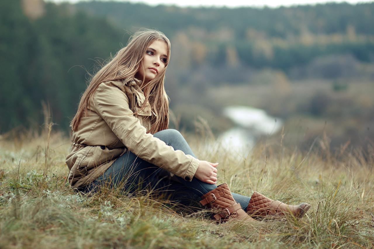 People 1280x853 brunette women model nature women outdoors jeans grass boots brown boots young woman jacket blue pants blue  jeans
