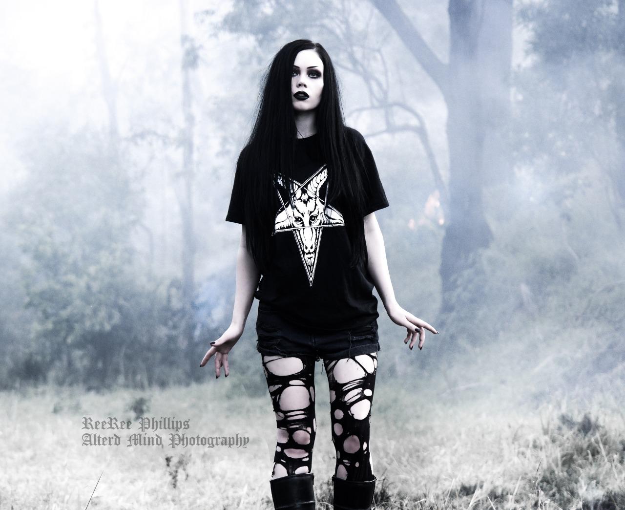 хотим, чтобы фото в стиле блэк метал обработка чем приступить
