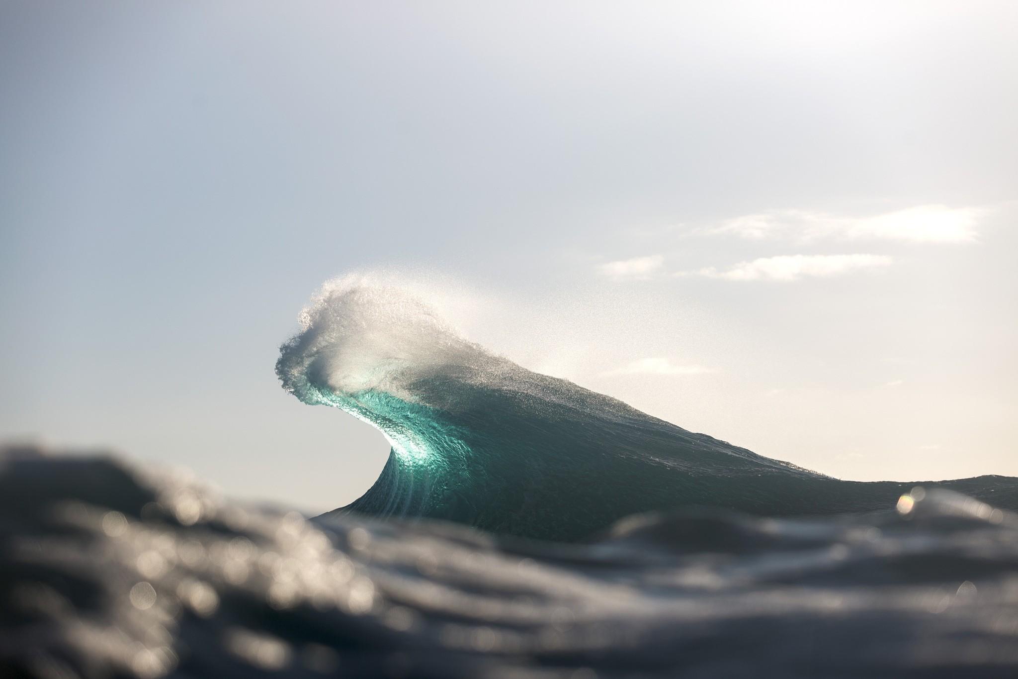 General 2048x1365 waves water sea macro bokeh depth of field atlantic ocean sunlight bright cyan clear sky turquoise
