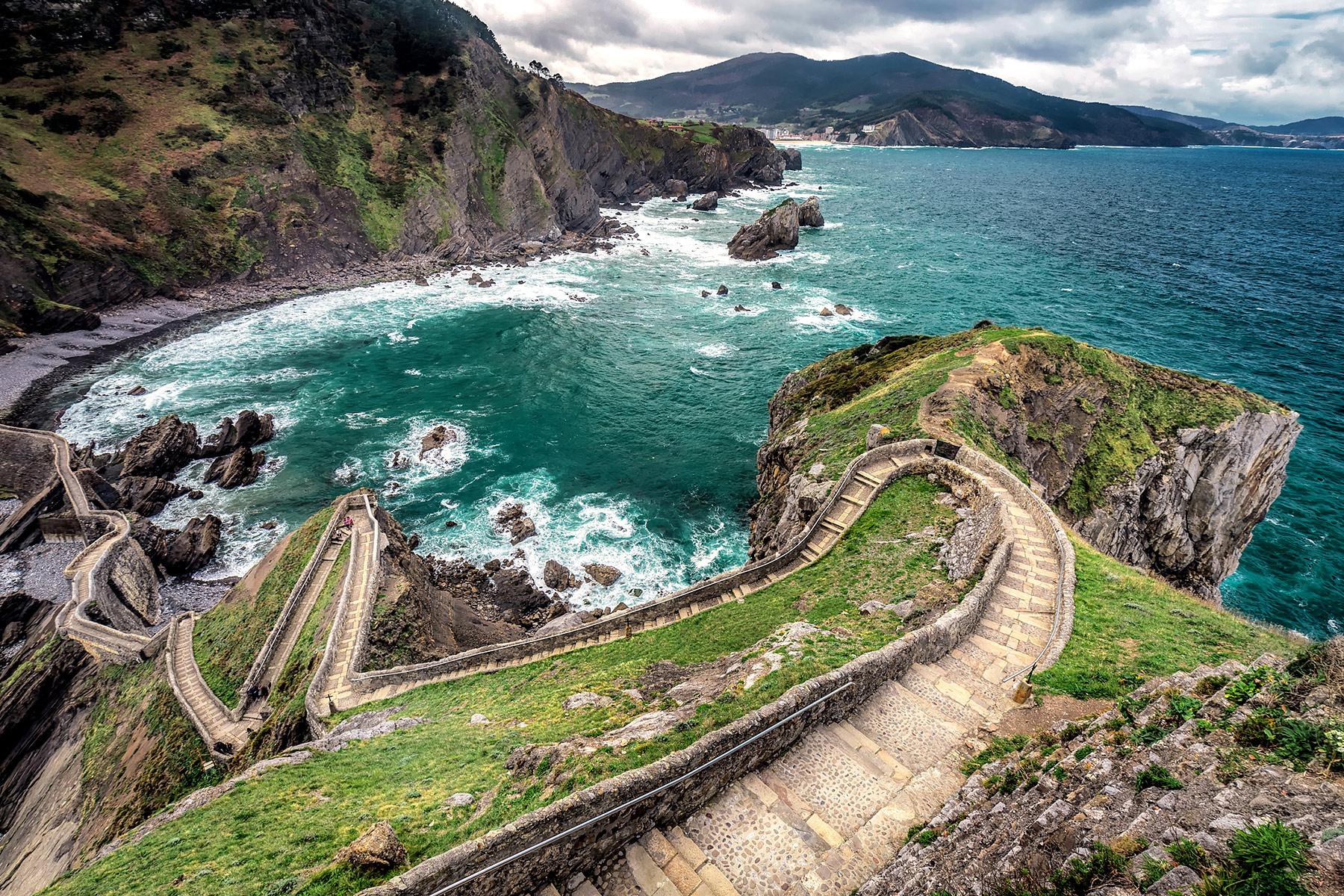 General 1800x1200 landscape Spain coast sea cliff