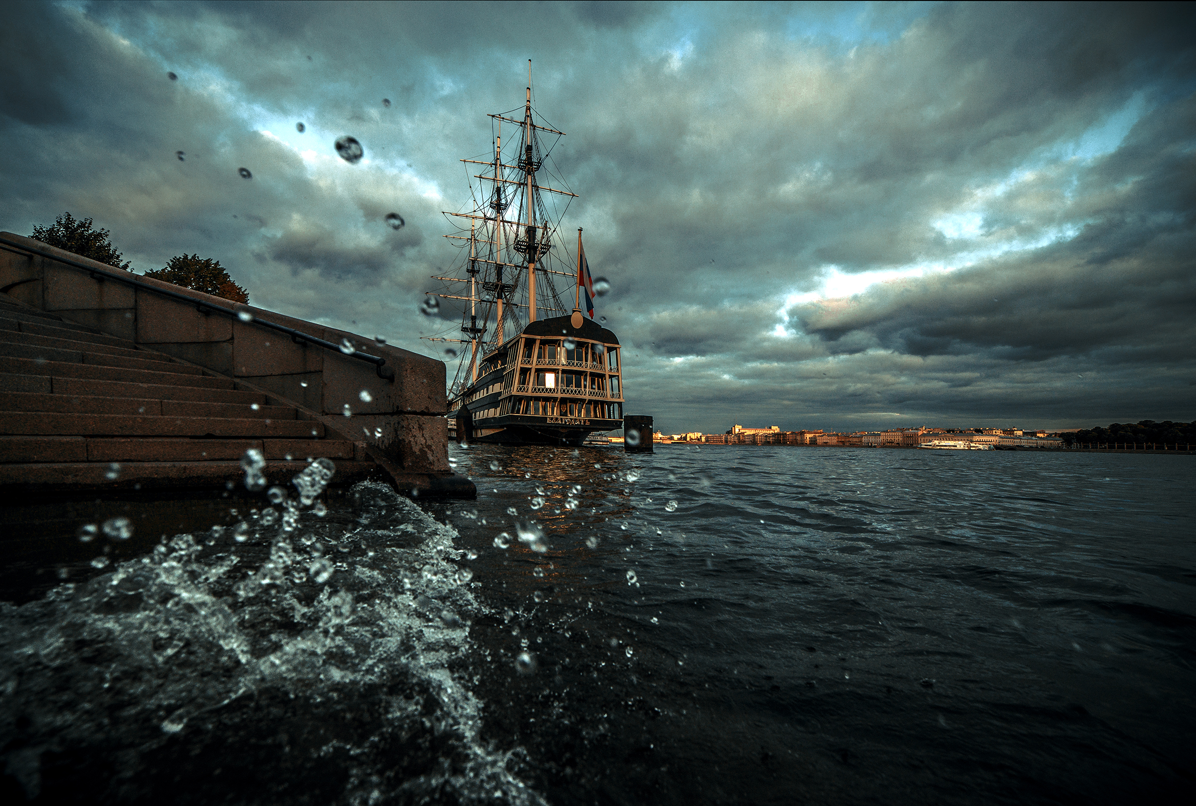 General 2373x1600 ship sailing ship clouds splashes water splash photography water water drops cityscape St. Petersburg Russia river vehicle