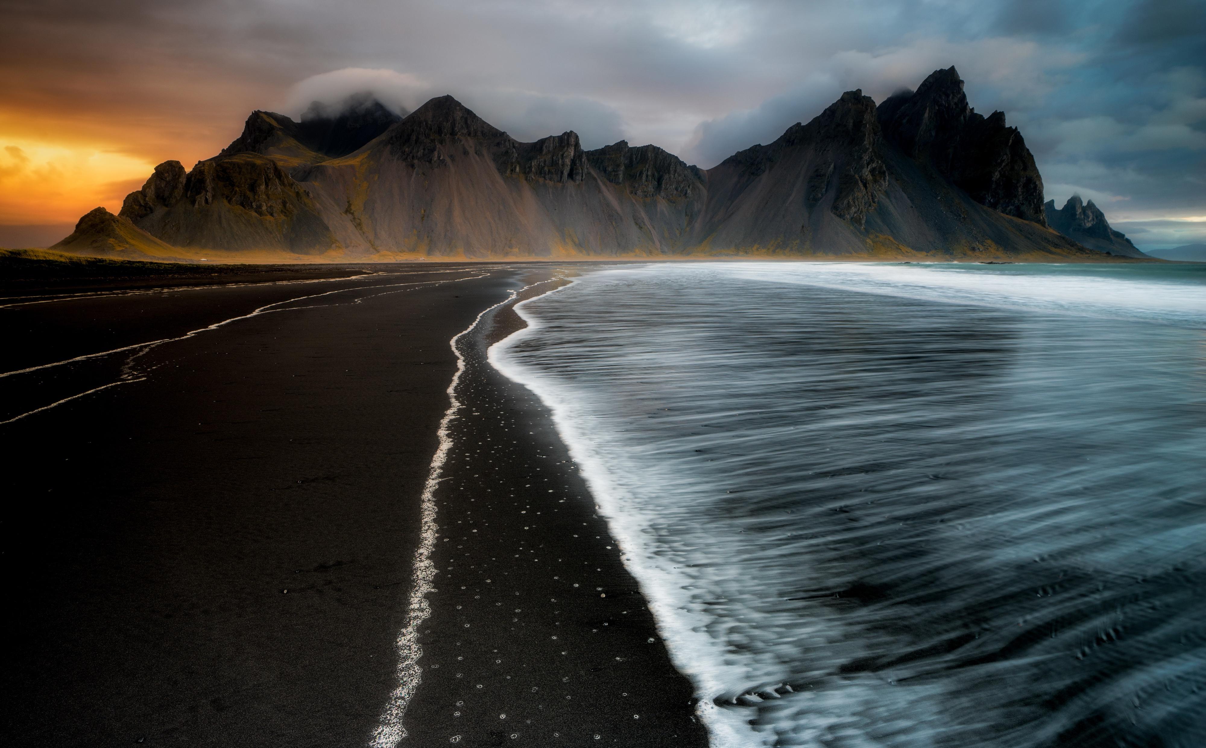 General 4000x2481 water nature Iceland coast sea dark
