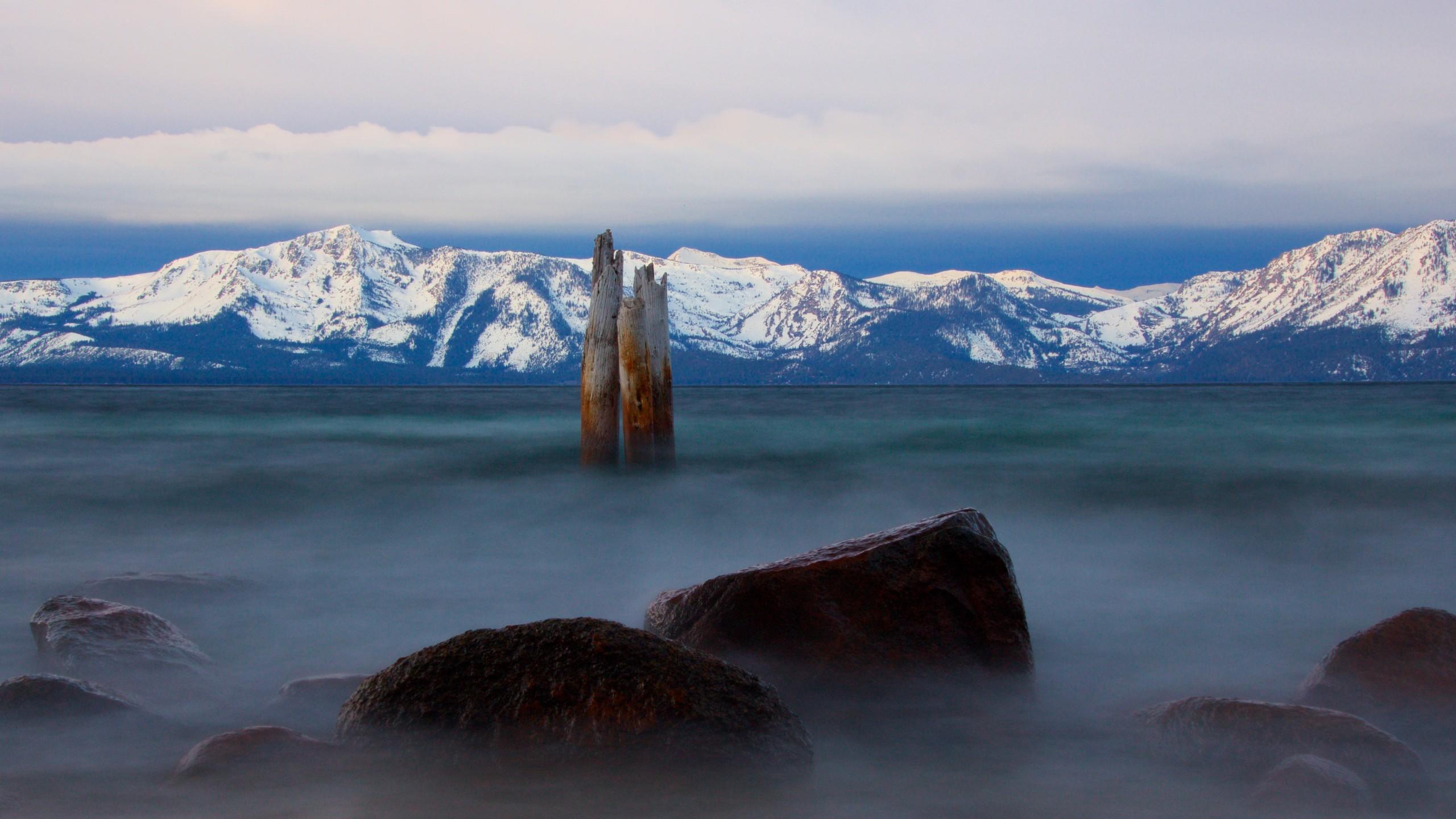 General 2560x1440 Lake Tahoe mist mountains lake