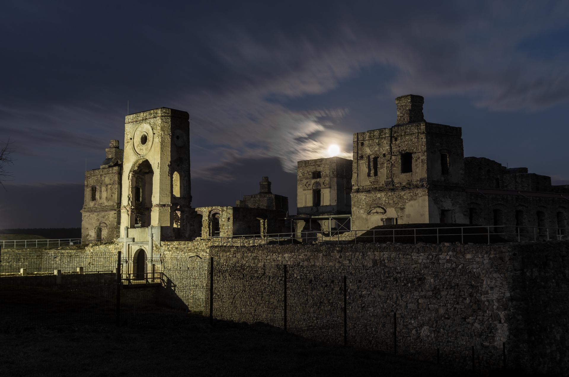 General 1920x1272 castle Poland ruins