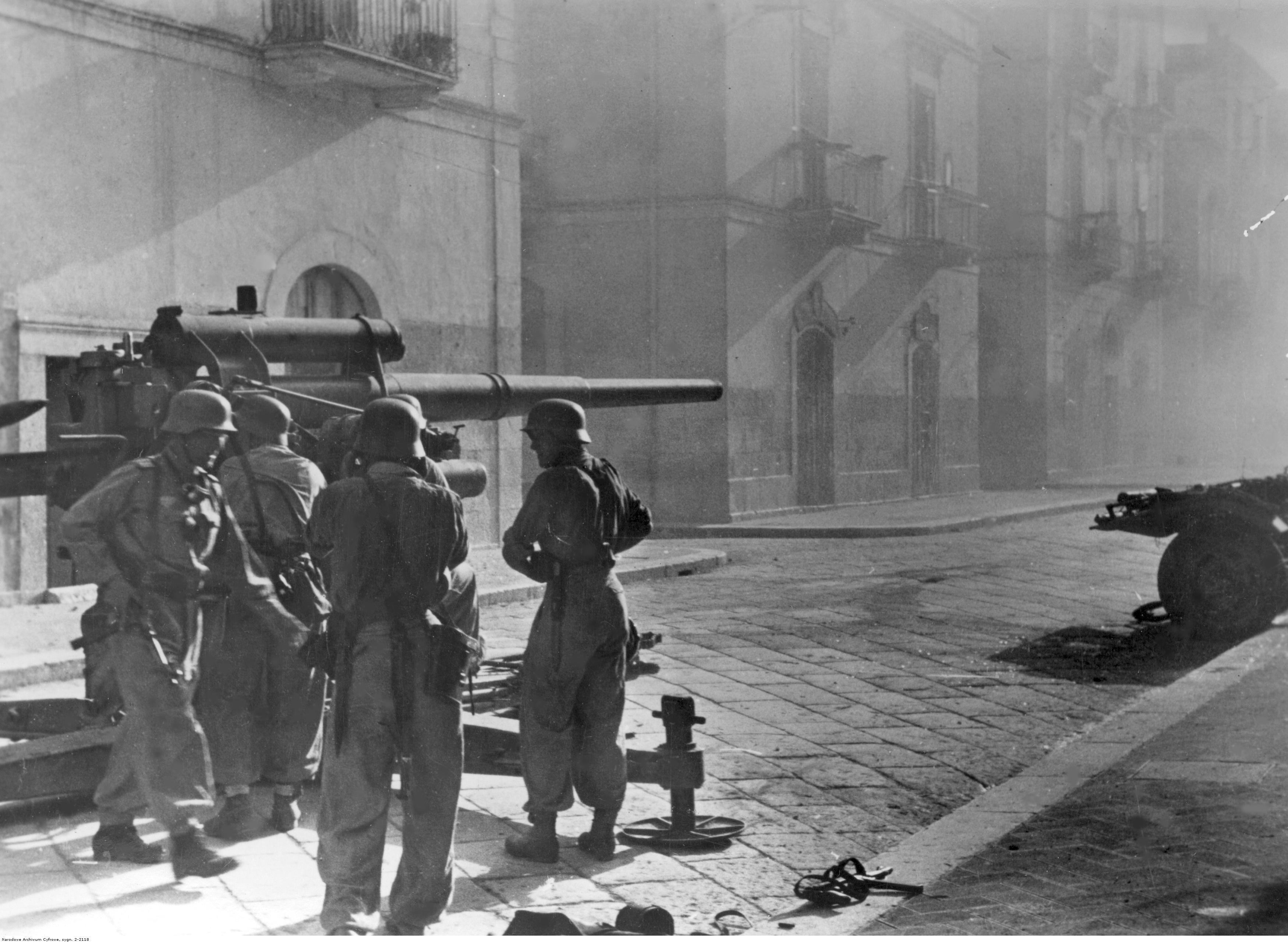 People 3500x2563 World War II artillery Wermacht military German Empire monochrome