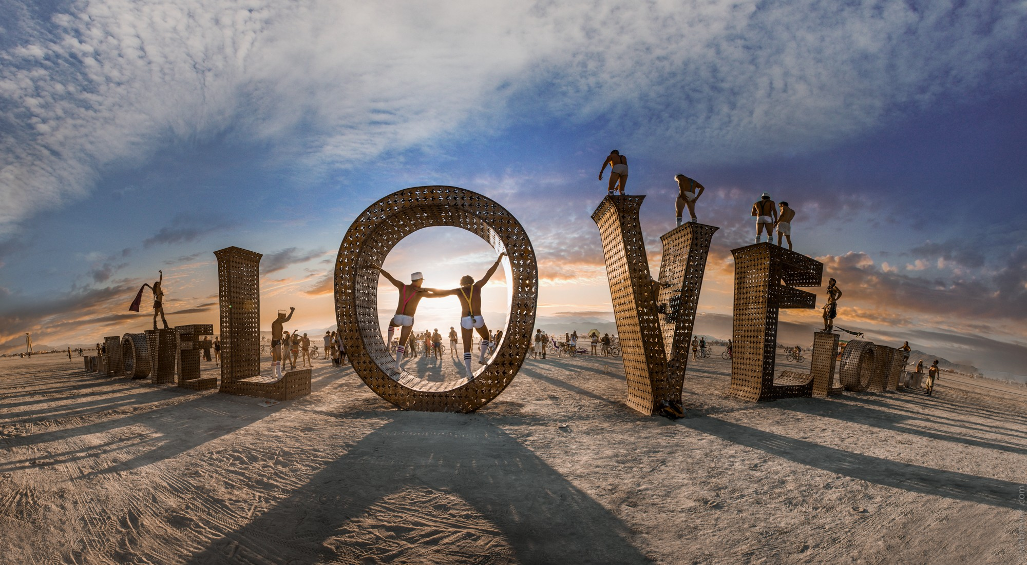 People 2000x1102 Burning Man love desert gay