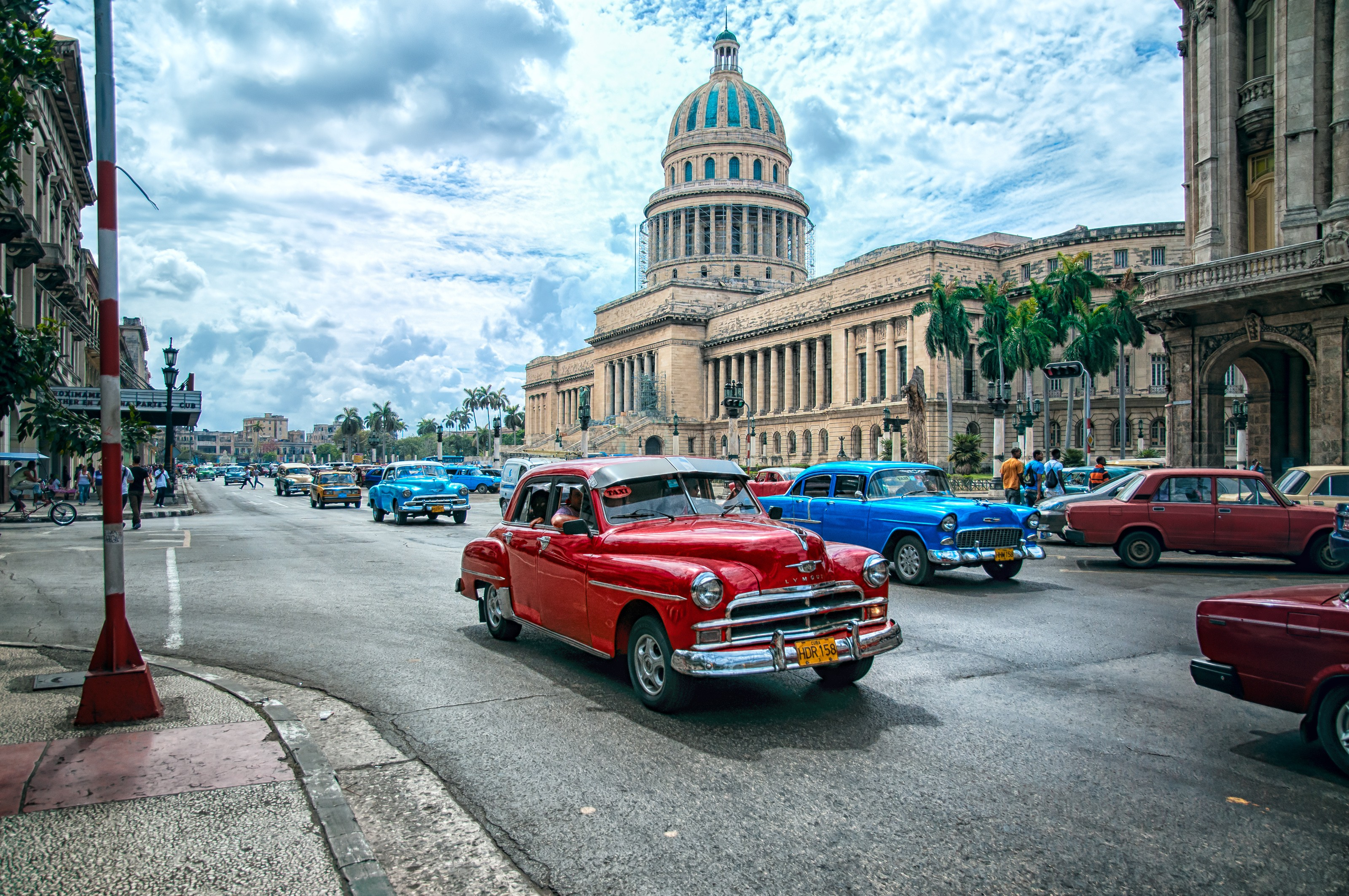 General 3200x2125 town city sculpture statue Havana Cuba capital street car crossroads old car classic car architecture building palm trees path clouds people HDR bicycle theaters old building dome lamp taxi