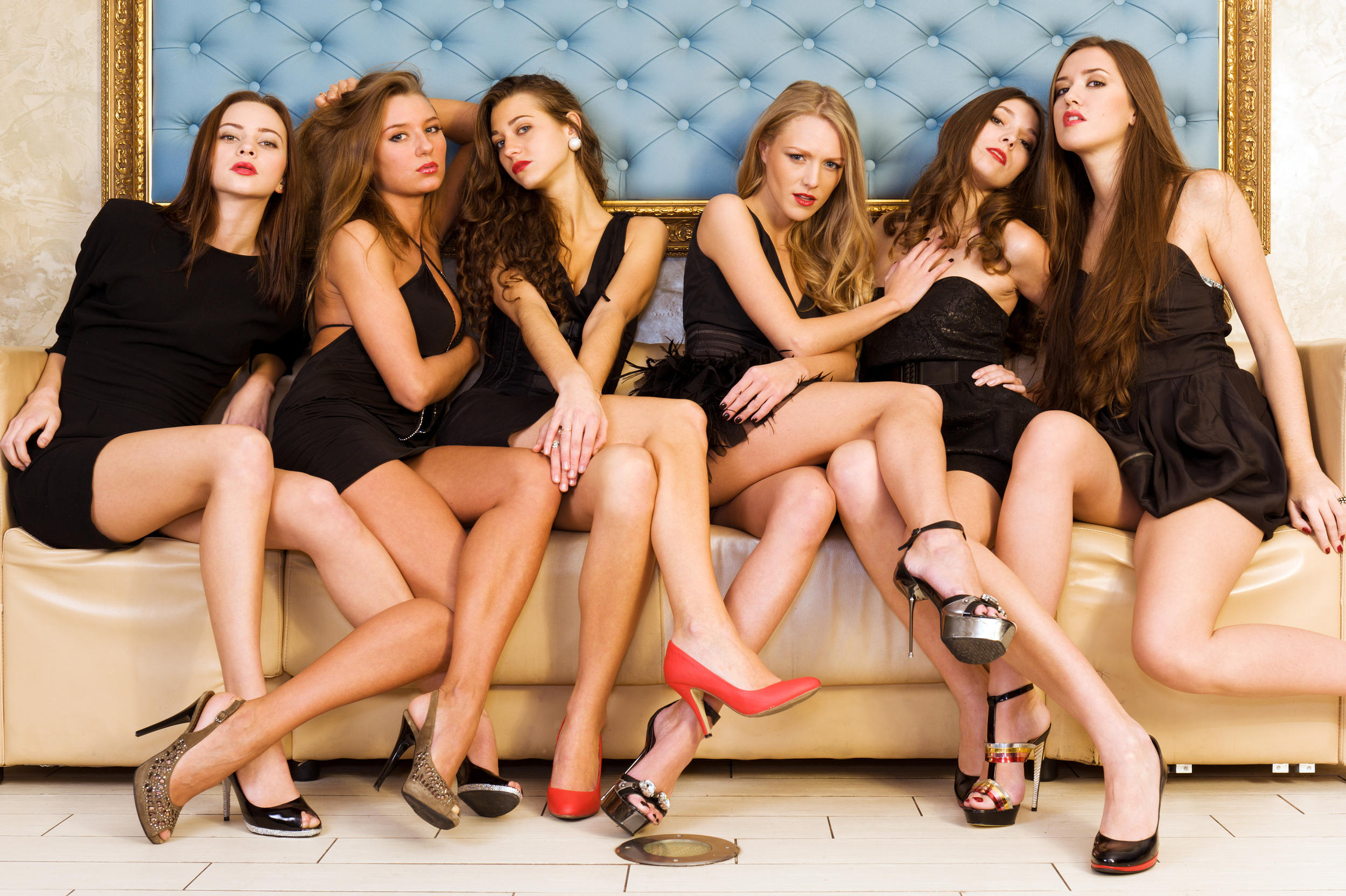 Lesbian group of moscow, naked girls on beds