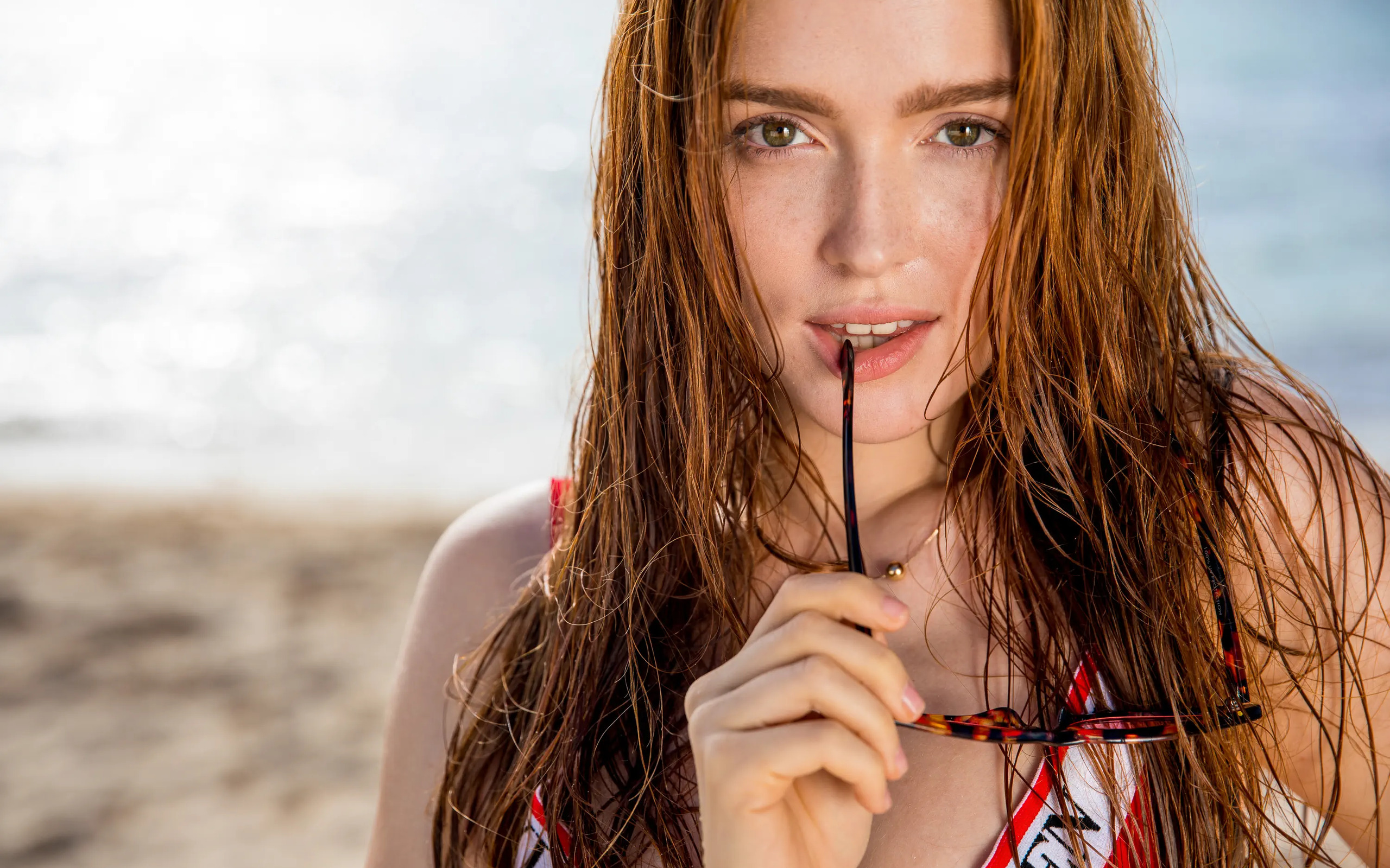People 2560x1600 Jia Lissa redhead biting looking at viewer