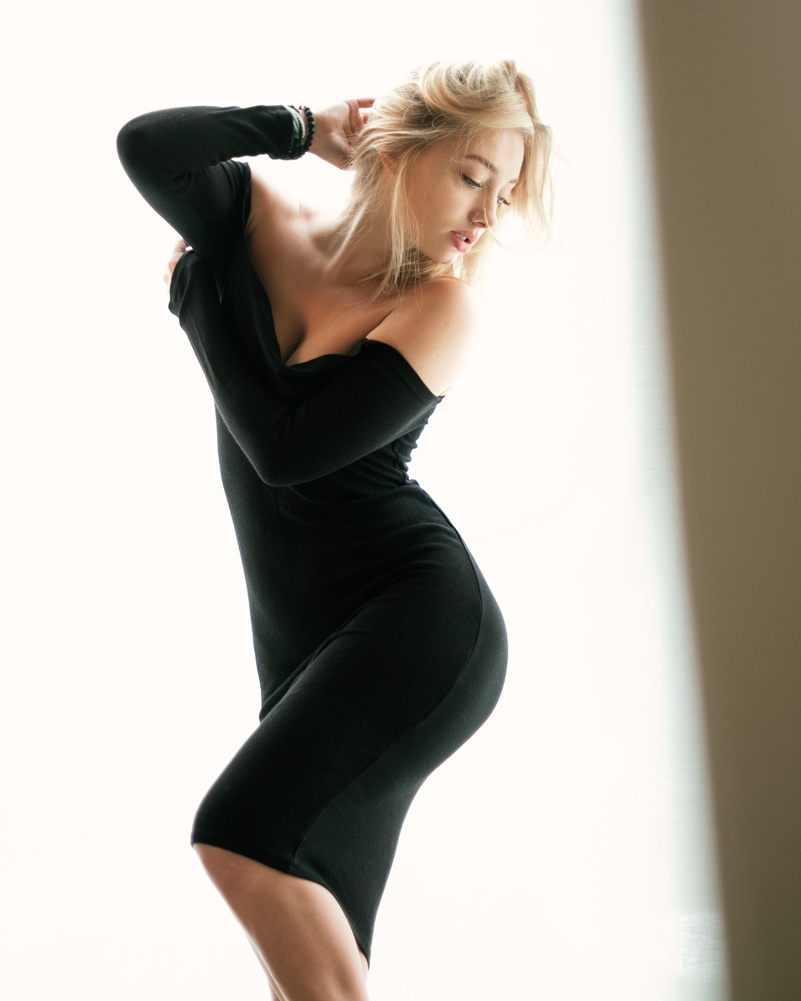 People 1638x2048 dress black dress women model blonde women indoors tight dress