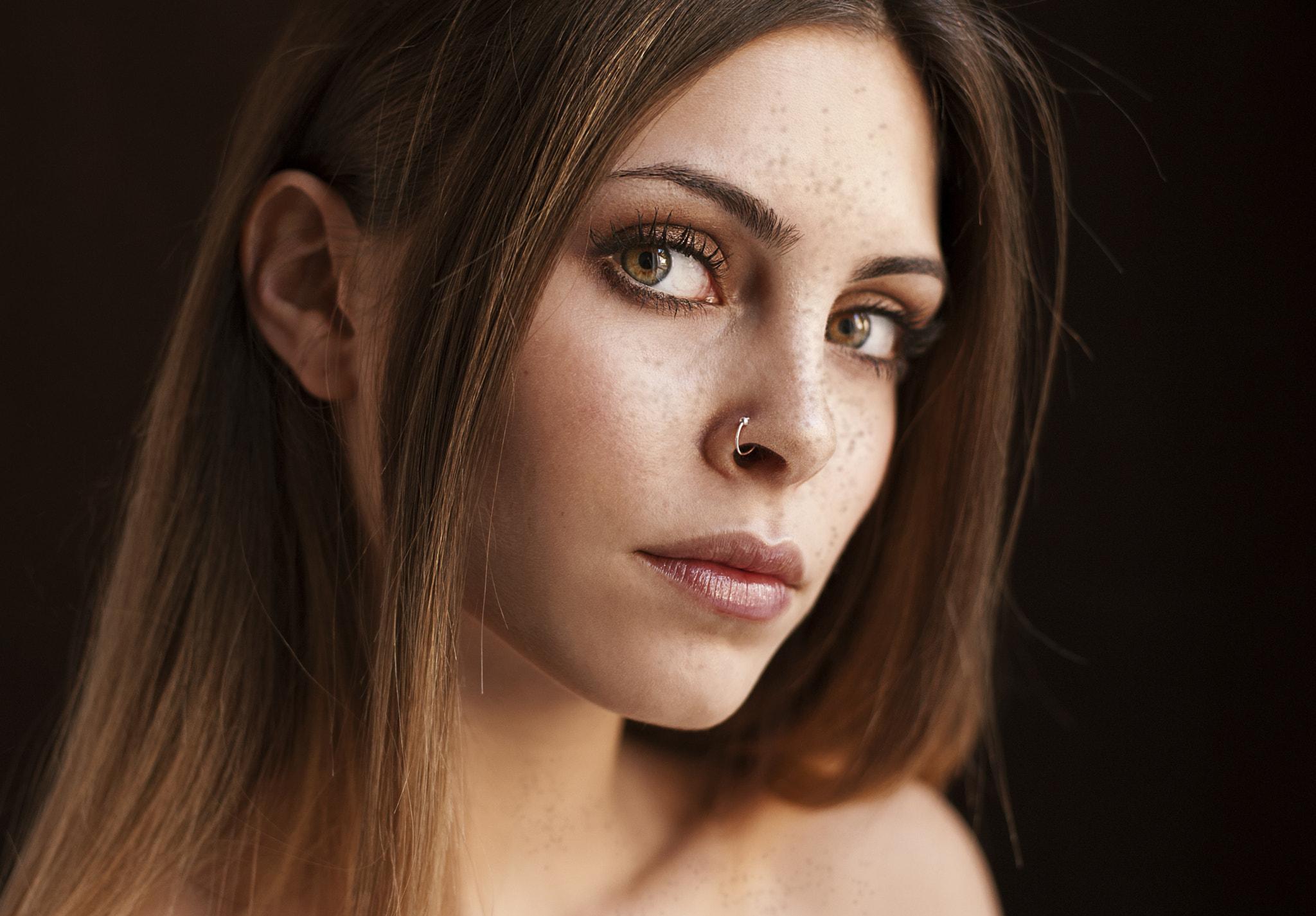 People 2048x1425 women brunette hazel eyes long hair pierced nose freckles portrait face closeup