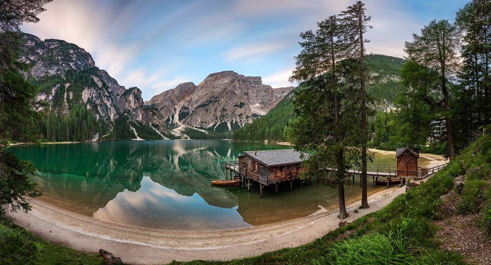 General 1600x865 photography landscape nature panorama lake reflection boathouses mountains summer forest beach trees Alps Italy morning sunlight