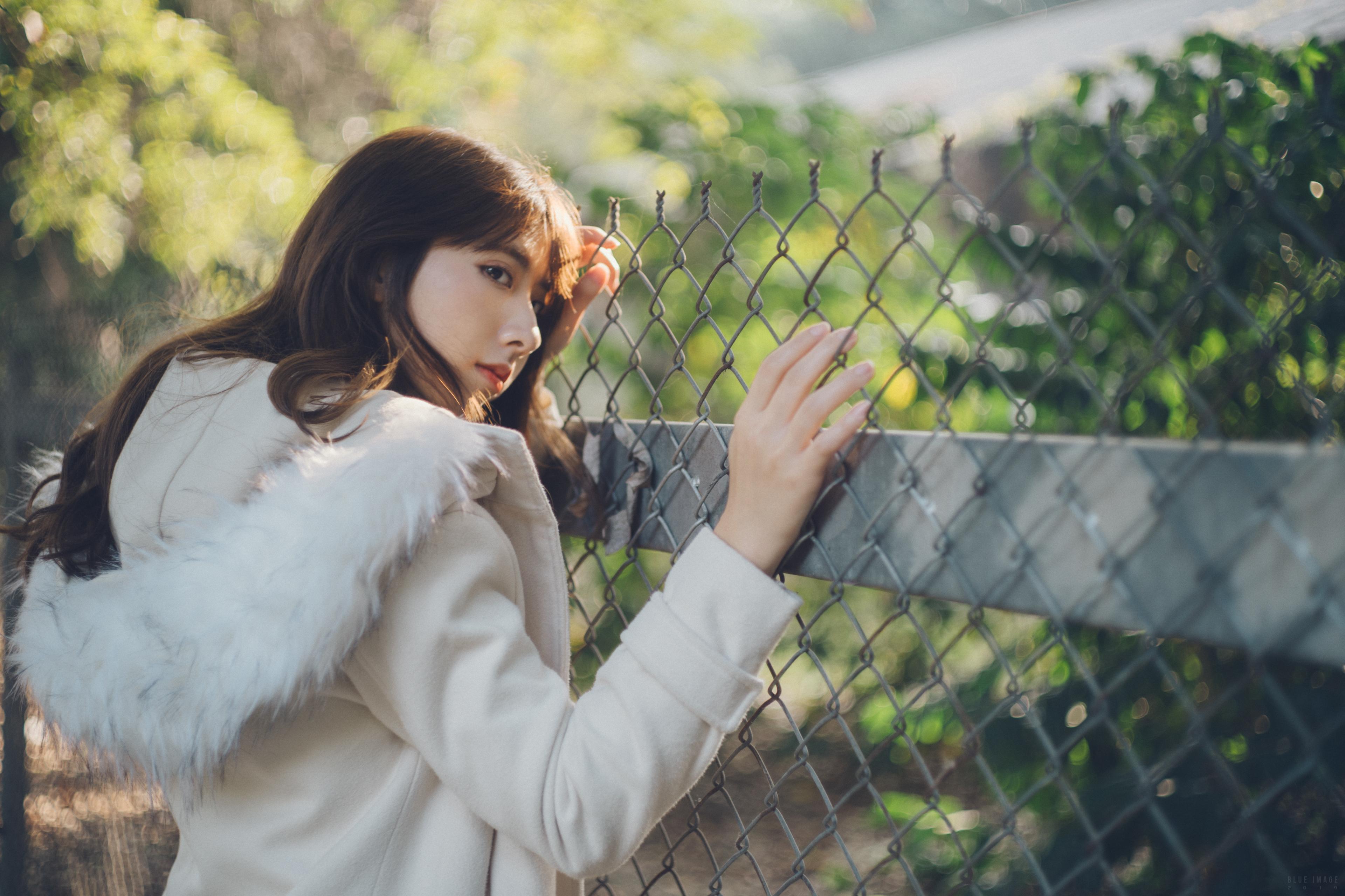 People 3840x2560 Asian women model brunette long hair fence white jacket