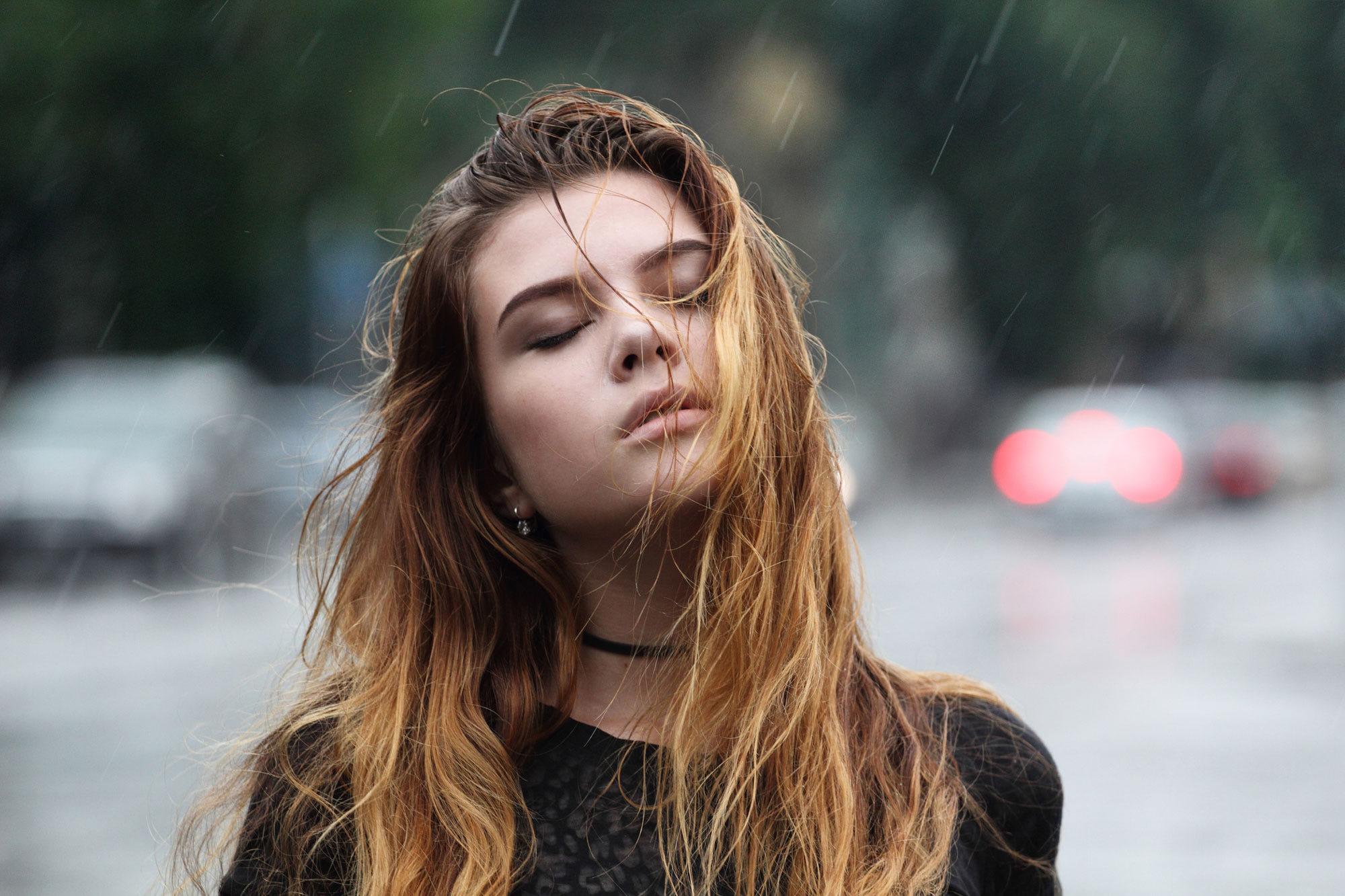 People 2000x1333 women outdoors face hair in face closed eyes portrait depth of field straight hair blonde bokeh women