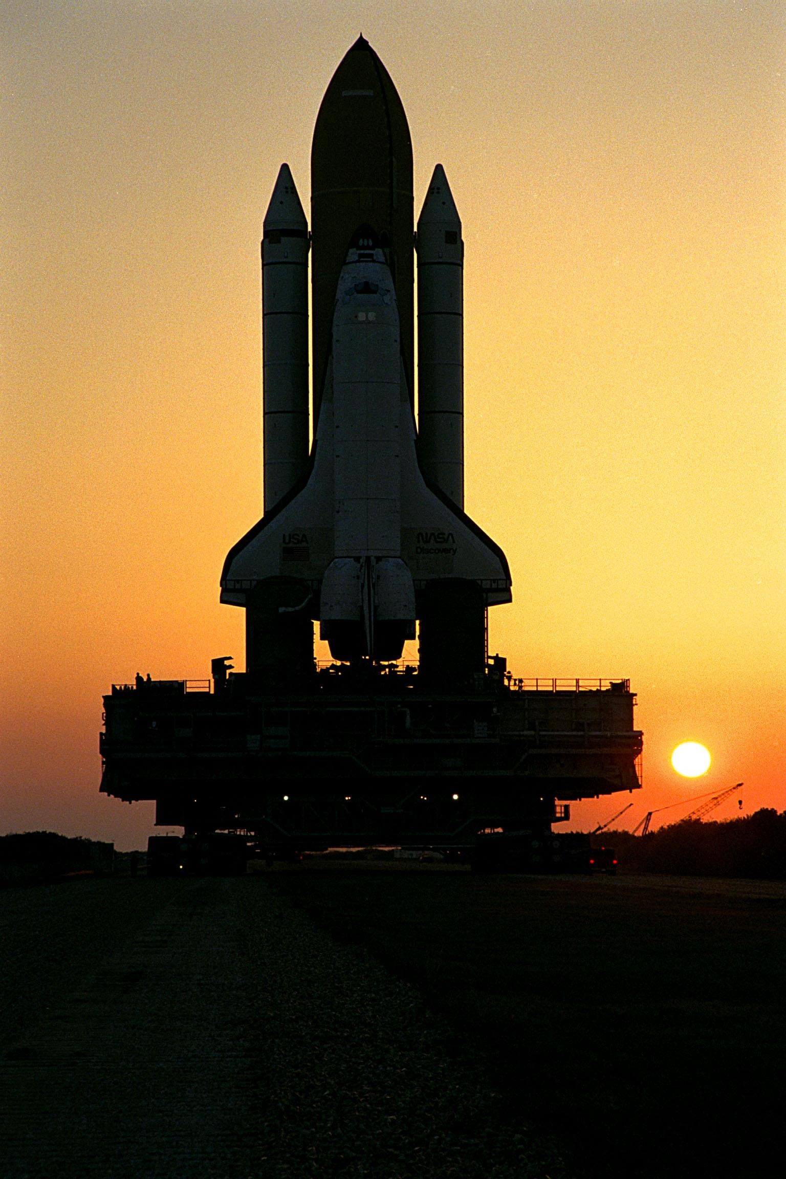 General 1536x2304 STS-91 Space Shuttle Discovery Kennedy Space Center NASA astronomy sunset