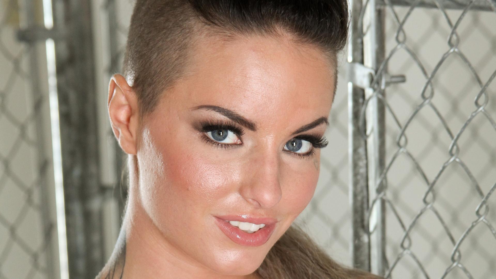 People 1920x1080 Christy Mack brunette pornstar tattoo closeup