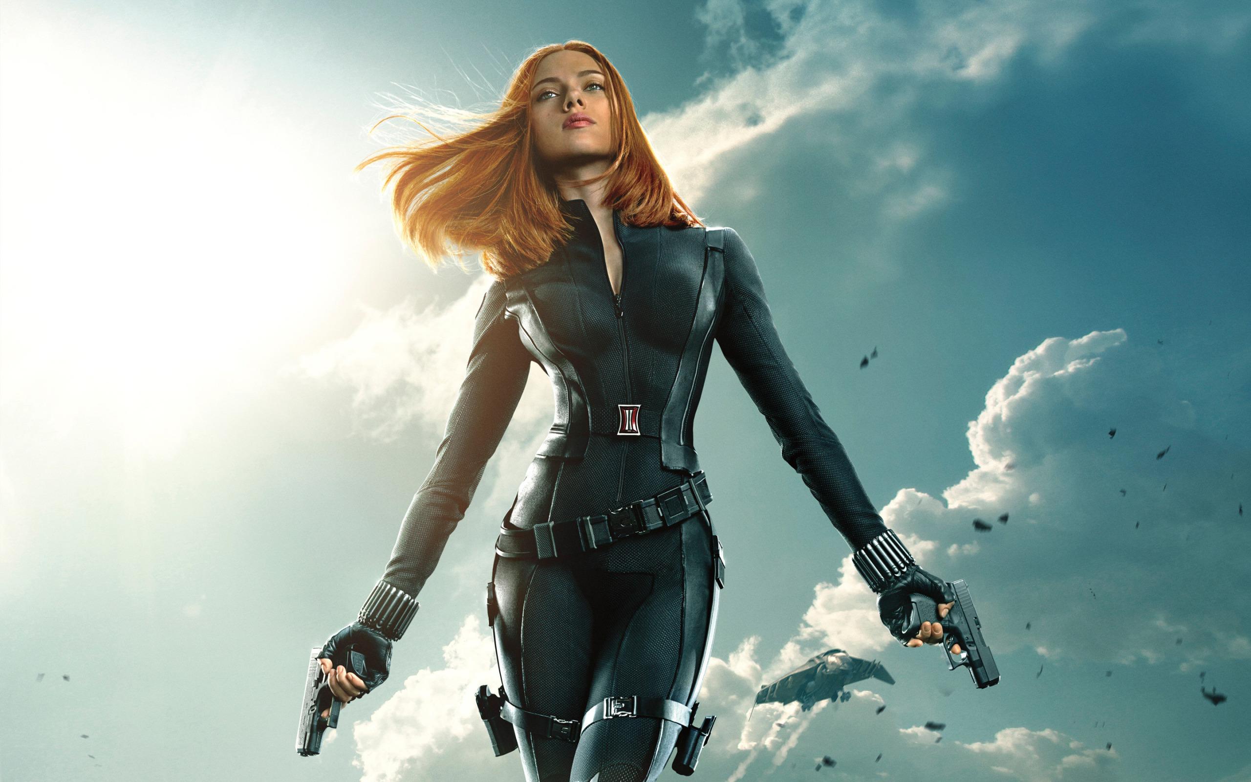 People 2560x1600 Black Widow Scarlett Johansson redhead Marvel Cinematic Universe black suit